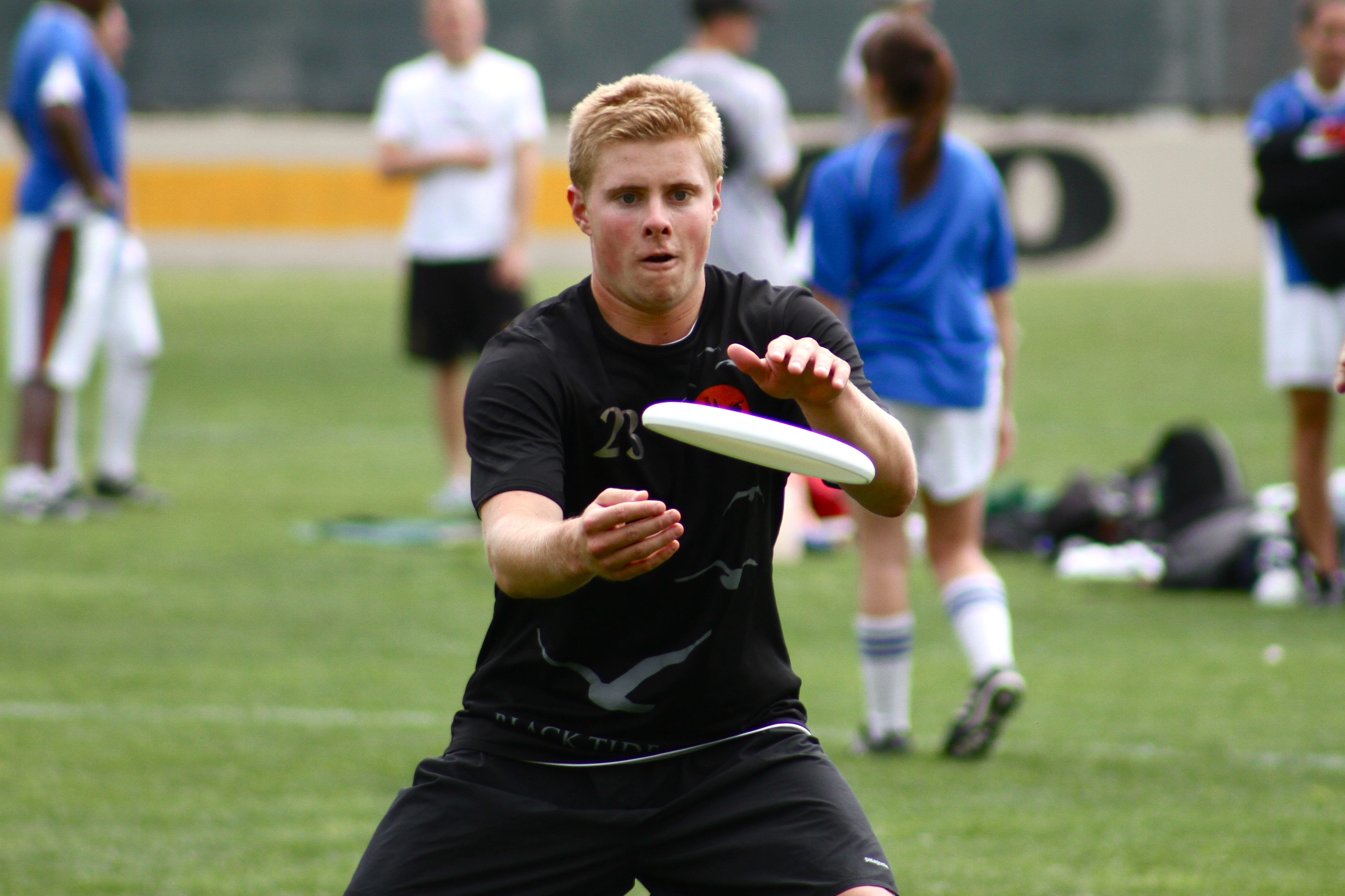 Ultimate Tips and Tricks: Ultimate Frisbee Tips: Catching